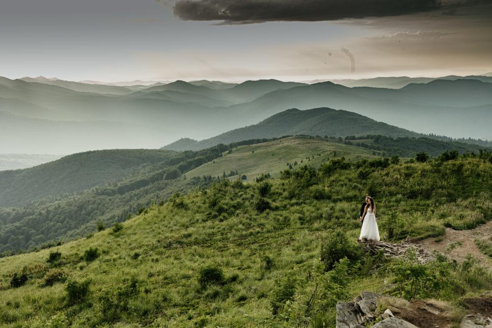 Sesja ślubna w burzowych Bieszczadach 18