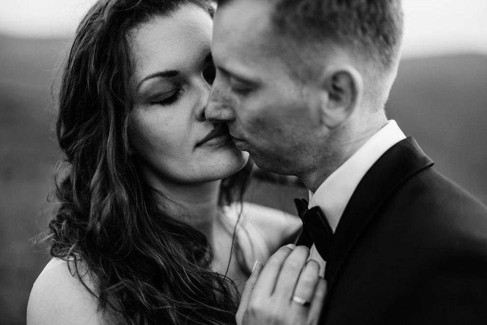 Sesja ślubna w burzowych Bieszczadach 32