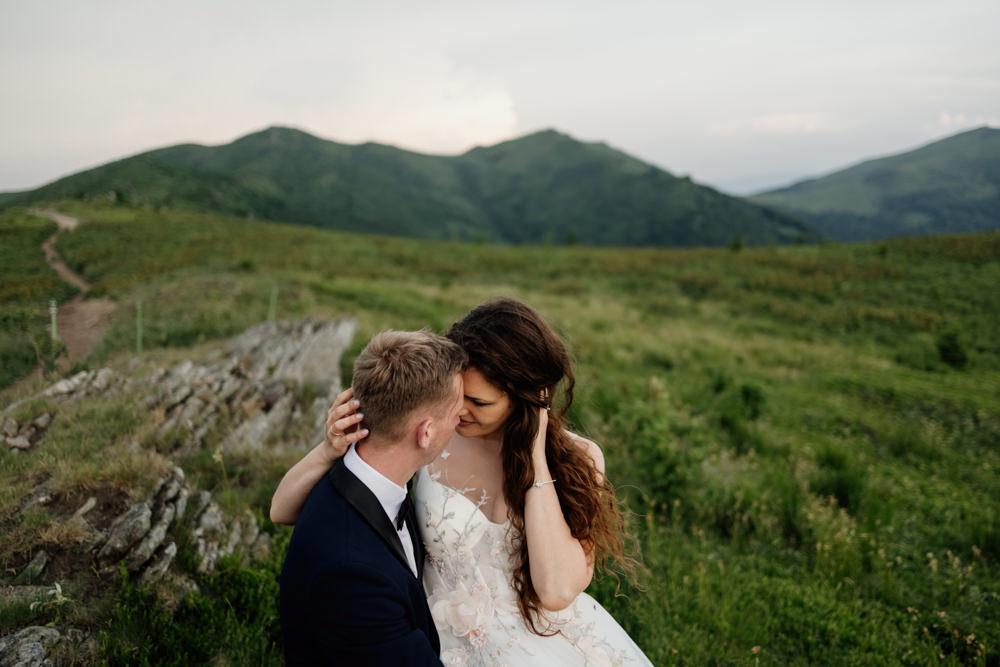 Sesja ślubna w burzowych Bieszczadach 35