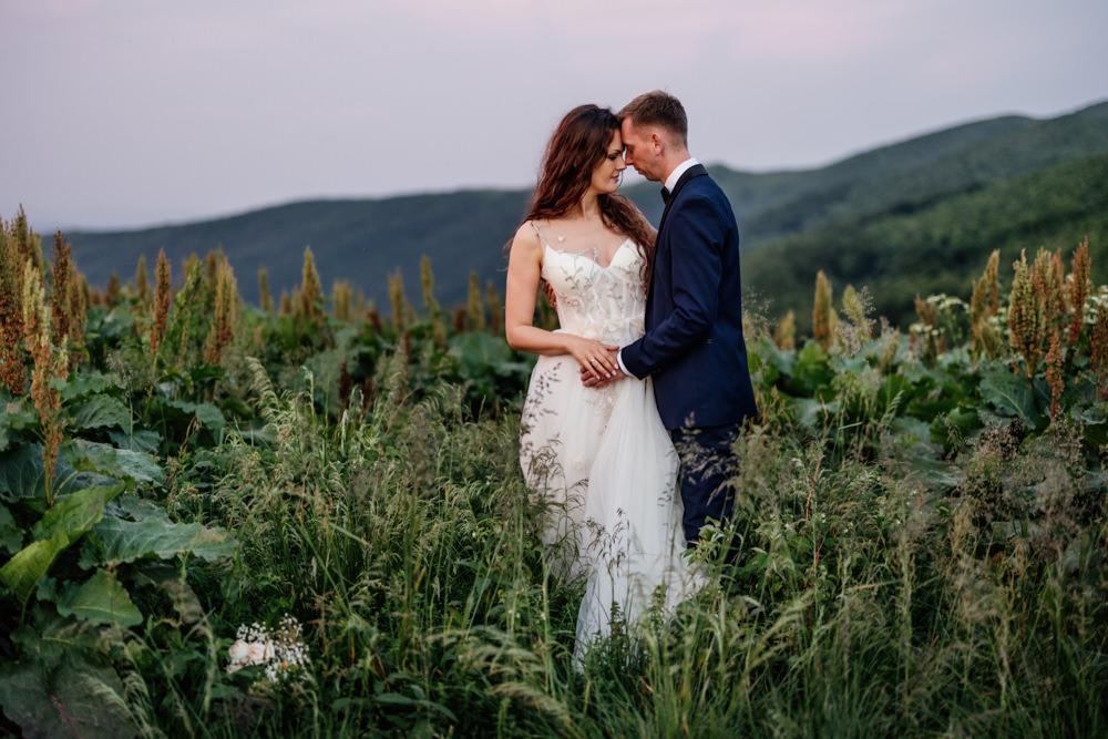 Sesja ślubna w burzowych Bieszczadach 39